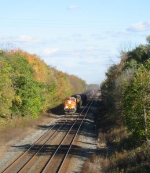 BNSF 5665 heads west